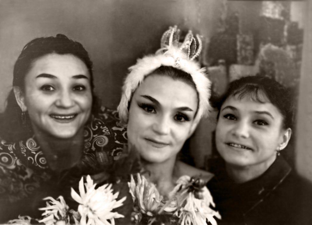 сестры Зайцевы, опера, Киев