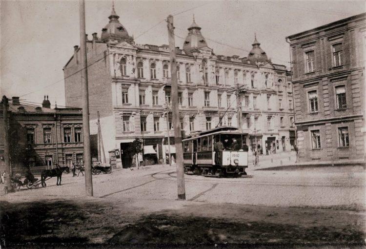 История Киева – улица Богдана Хмельницкого, угол улицы Пирогова