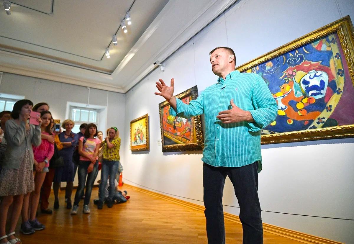 Парфёнов раскрыл секреты картин импрессионистов