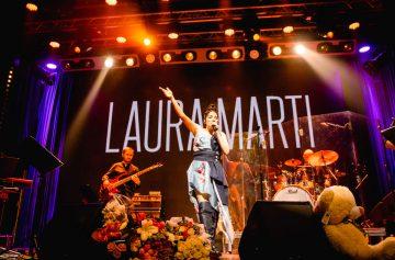 Лаура Марти проведет день рождения на сцене