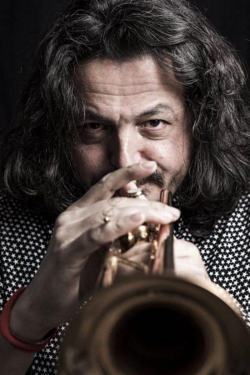Легендарный трубач из оркестра Эннио Морриконе – Андреа Джуффреди – впервые выступит в Украине, портрет